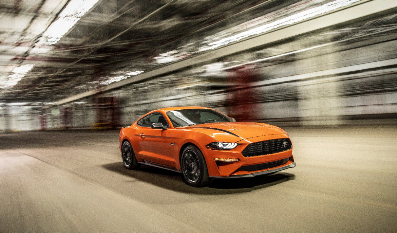 33 A 2020 Mustang Performance