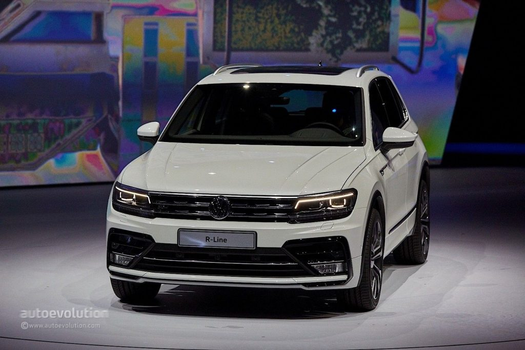 33 All New 2020 VW Caddy Images