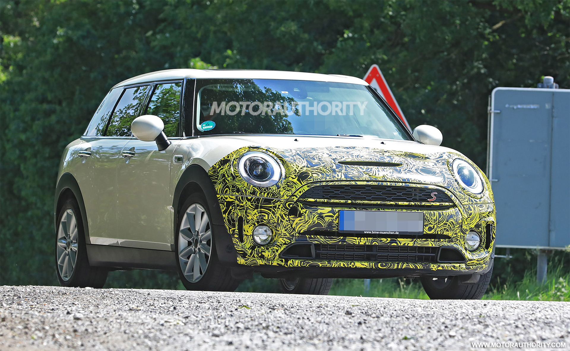 33 New Spy Shots Mini Countryman Performance