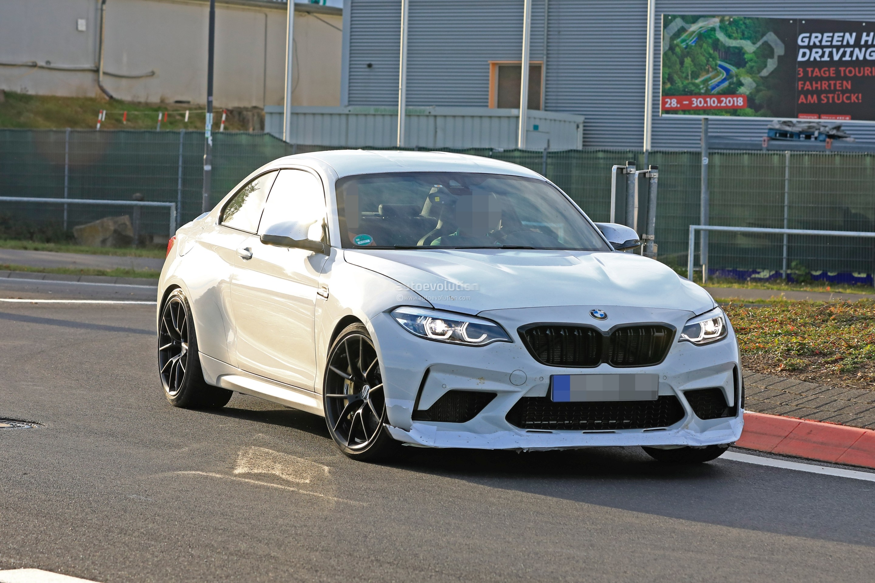 34 The 2020 BMW M2 Pictures