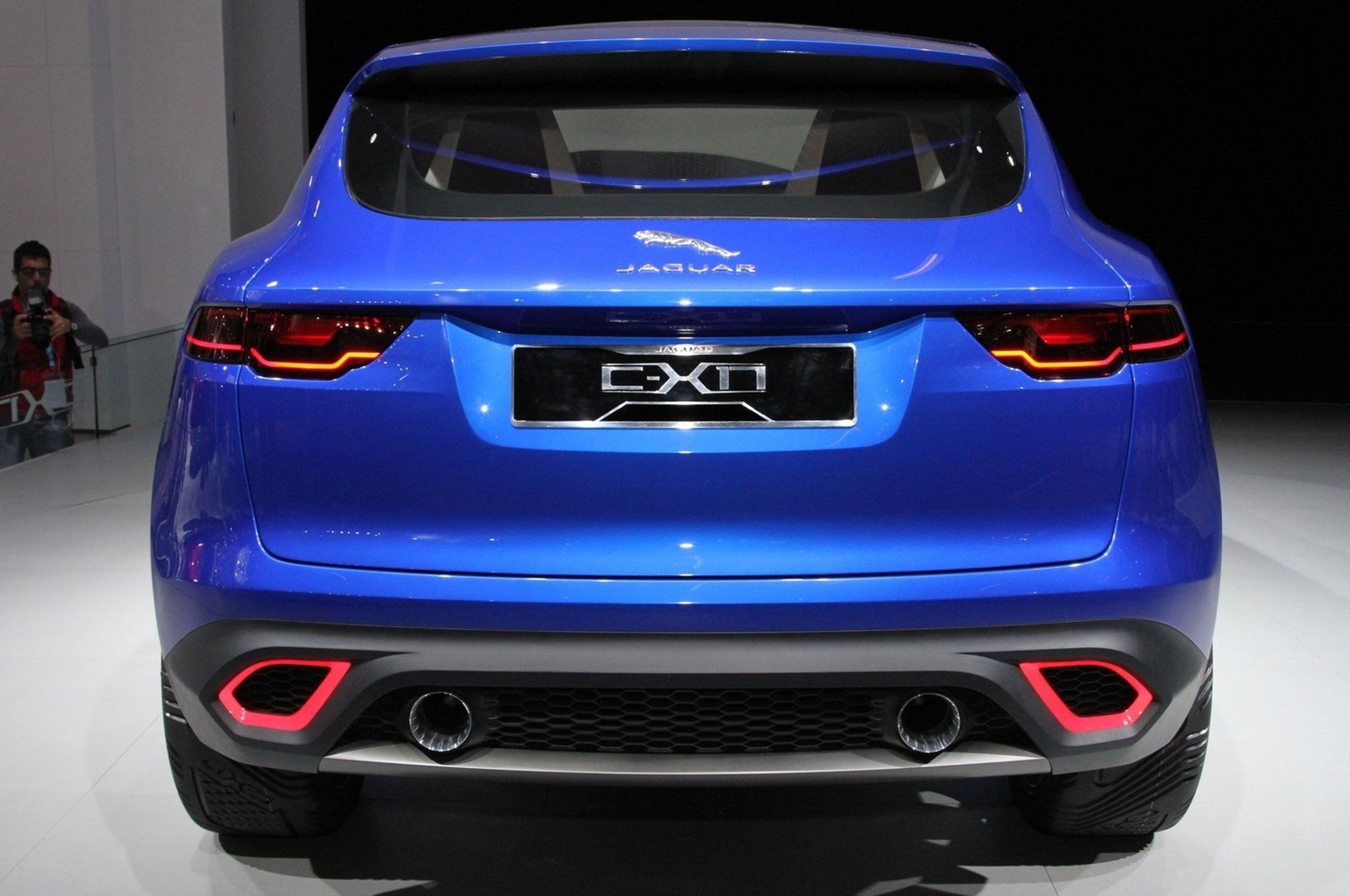 35 A 2020 Jaguar C X17 Crossover Review