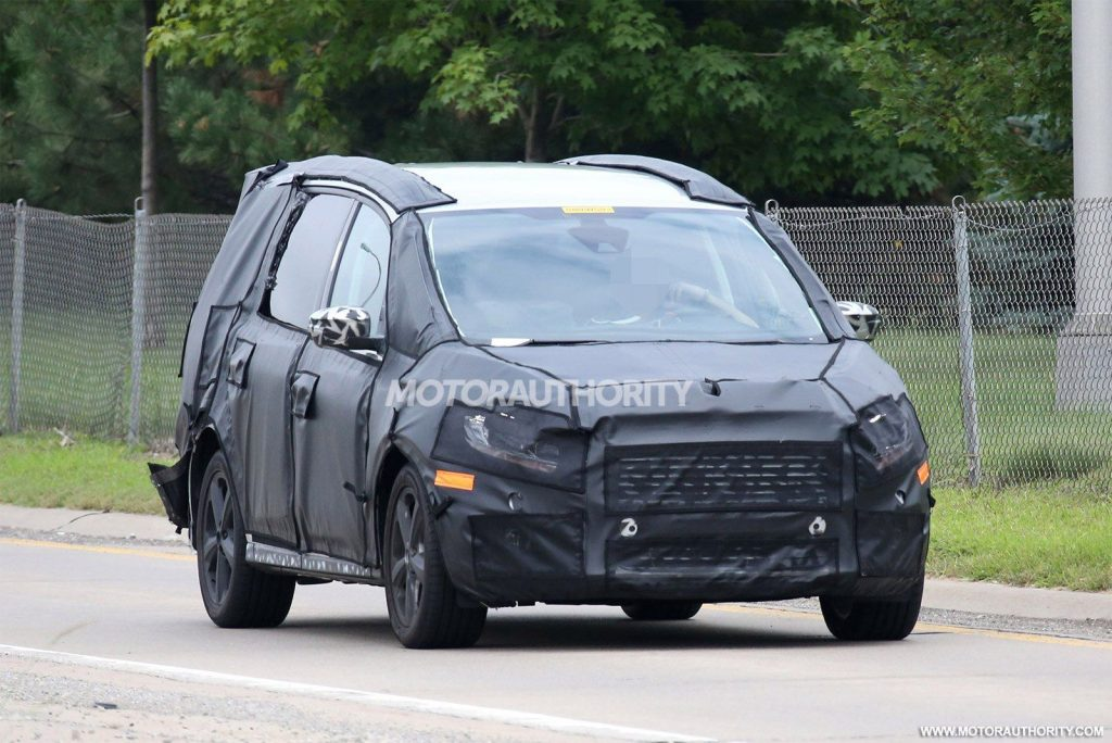 37 A 2020 Ford Galaxy Photos