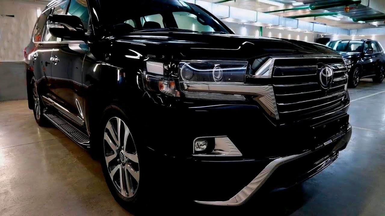 37 The 2019 Land Cruiser Redesign