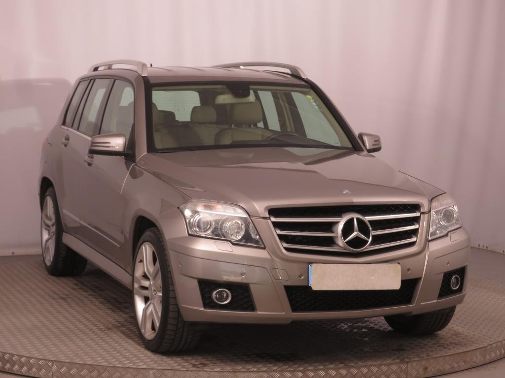 38 A 2020 Mercedes Benz GLK New Review