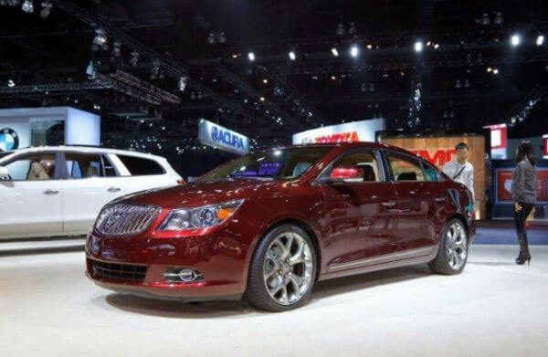39 A 2020 Buick LaCrosse Configurations