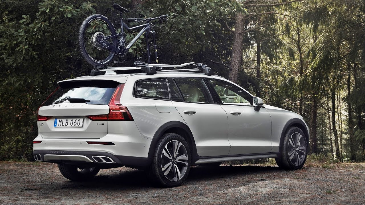 39 The 2019 Volvo V60 Cross Country Review