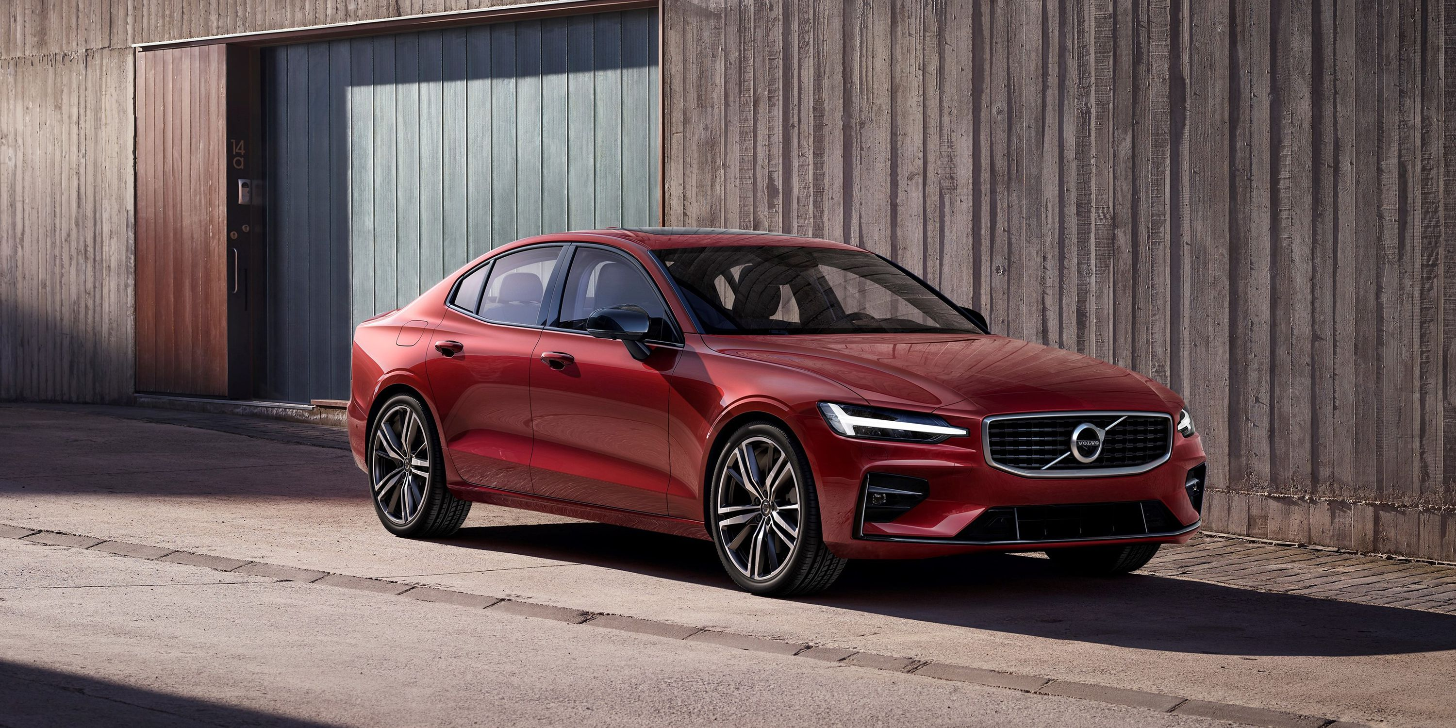 39 The 2020 Volvo S60 R Ratings