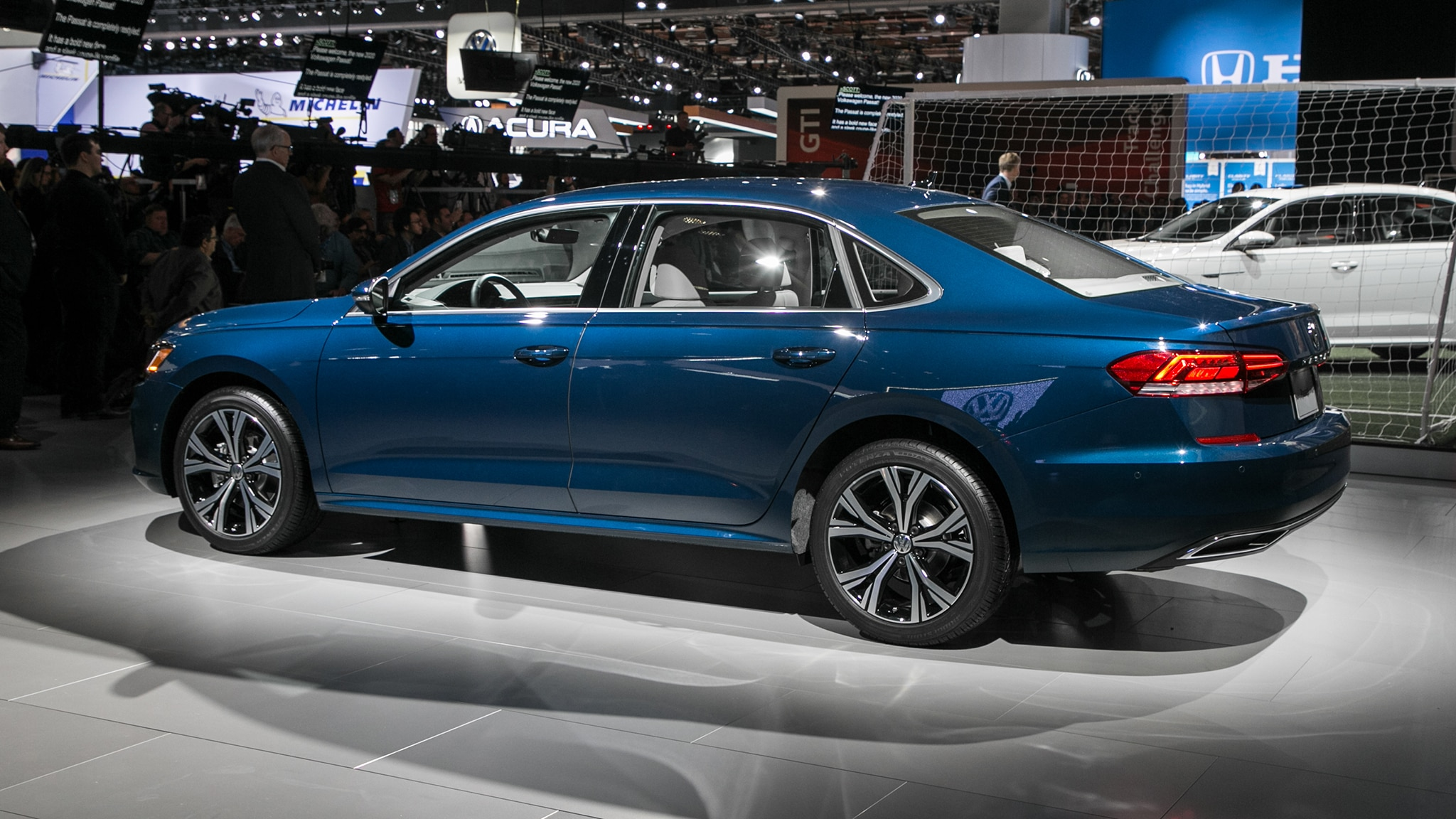 40 New 2020 Vw Passat Wallpaper