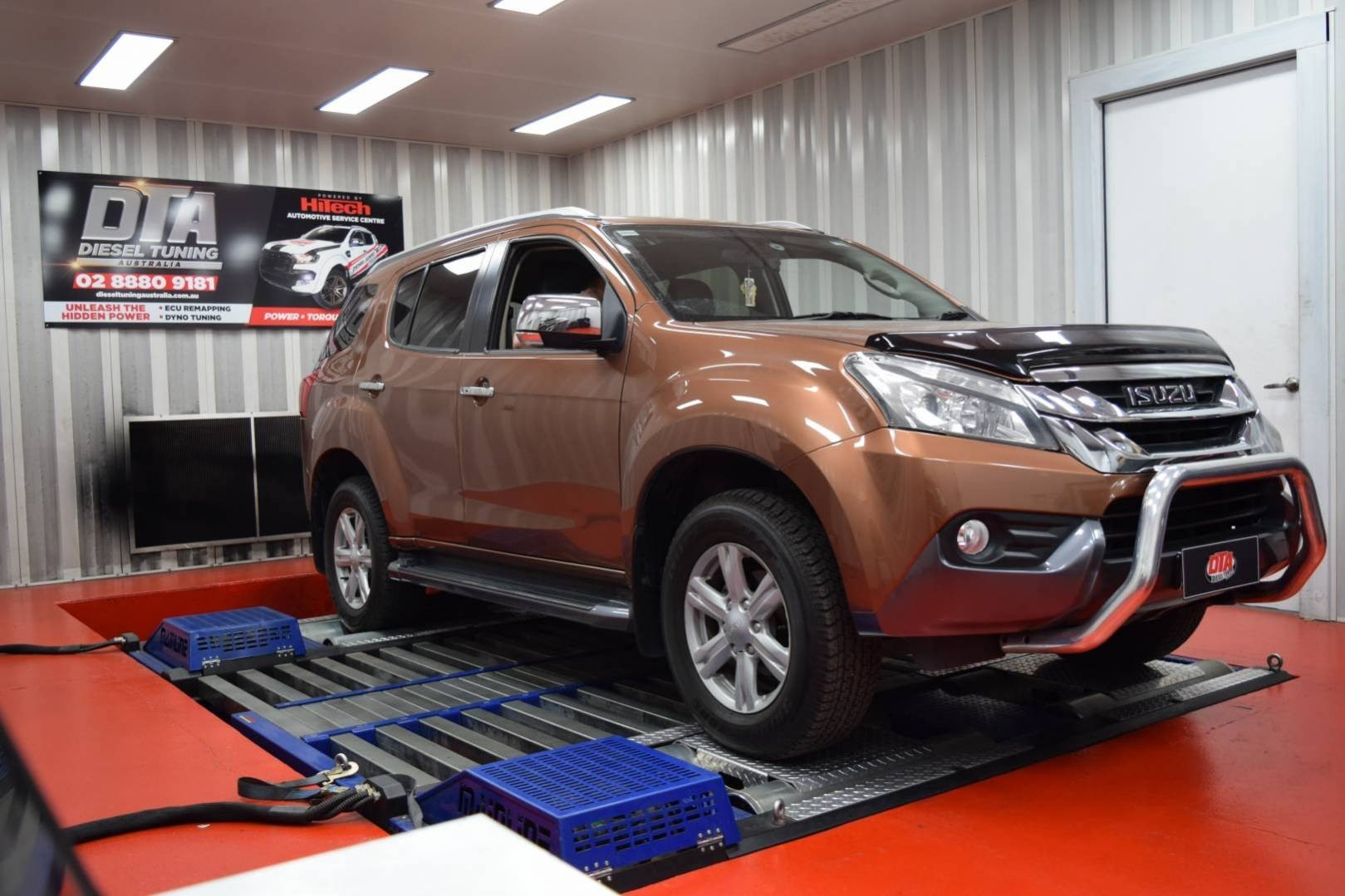 41 A 2020 Isuzu MU X Concept and Review
