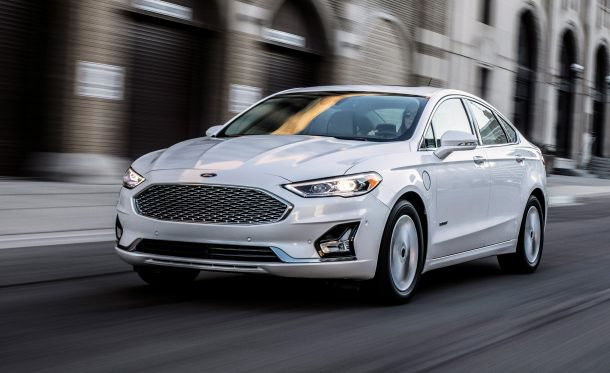 42 A 2020 Ford Fusion Energi Spy Shoot