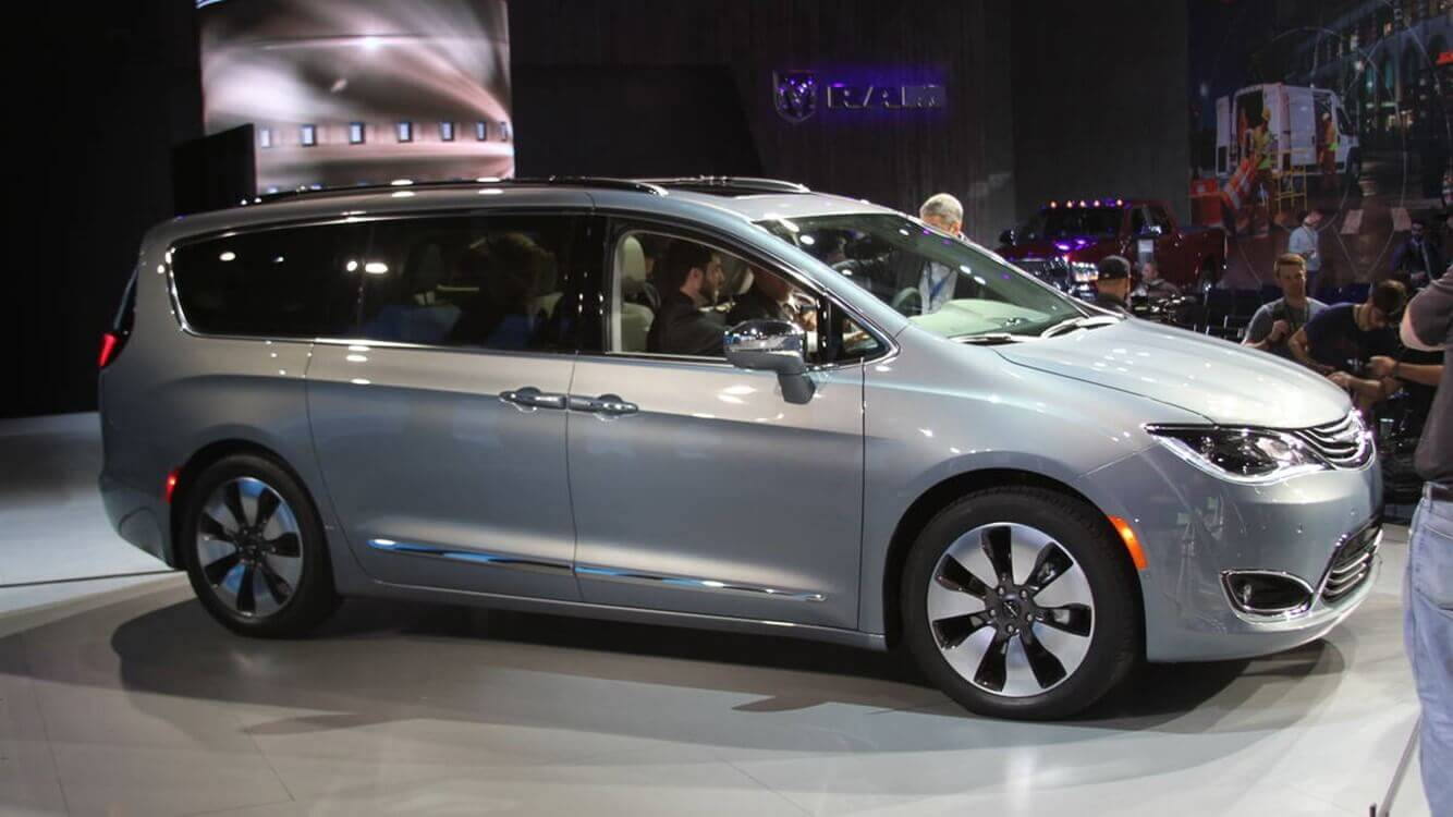 43 All New 2020 Chrysler Town Release Date