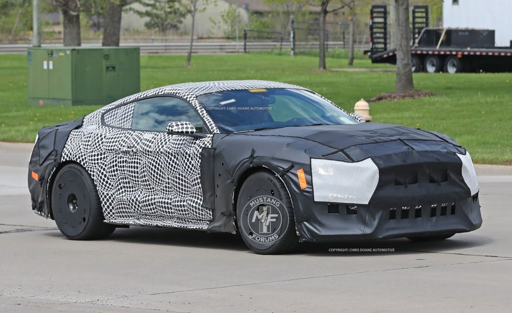 43 Best Spy Shots Ford Mustang Svt Gt 500 Wallpaper