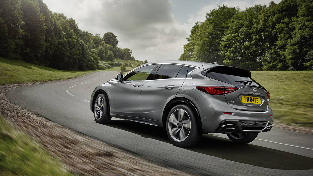43 The 2020 Infiniti Q30 Spy Shoot