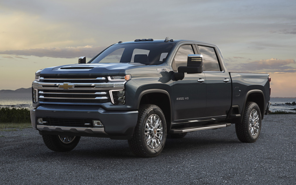44 A 2020 GMC Sierra 2500Hd Images