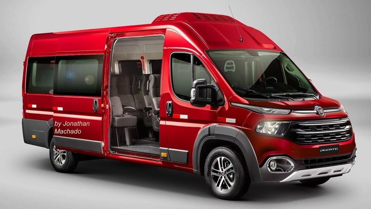 44 A 2020 Renault Trafic Redesign and Concept
