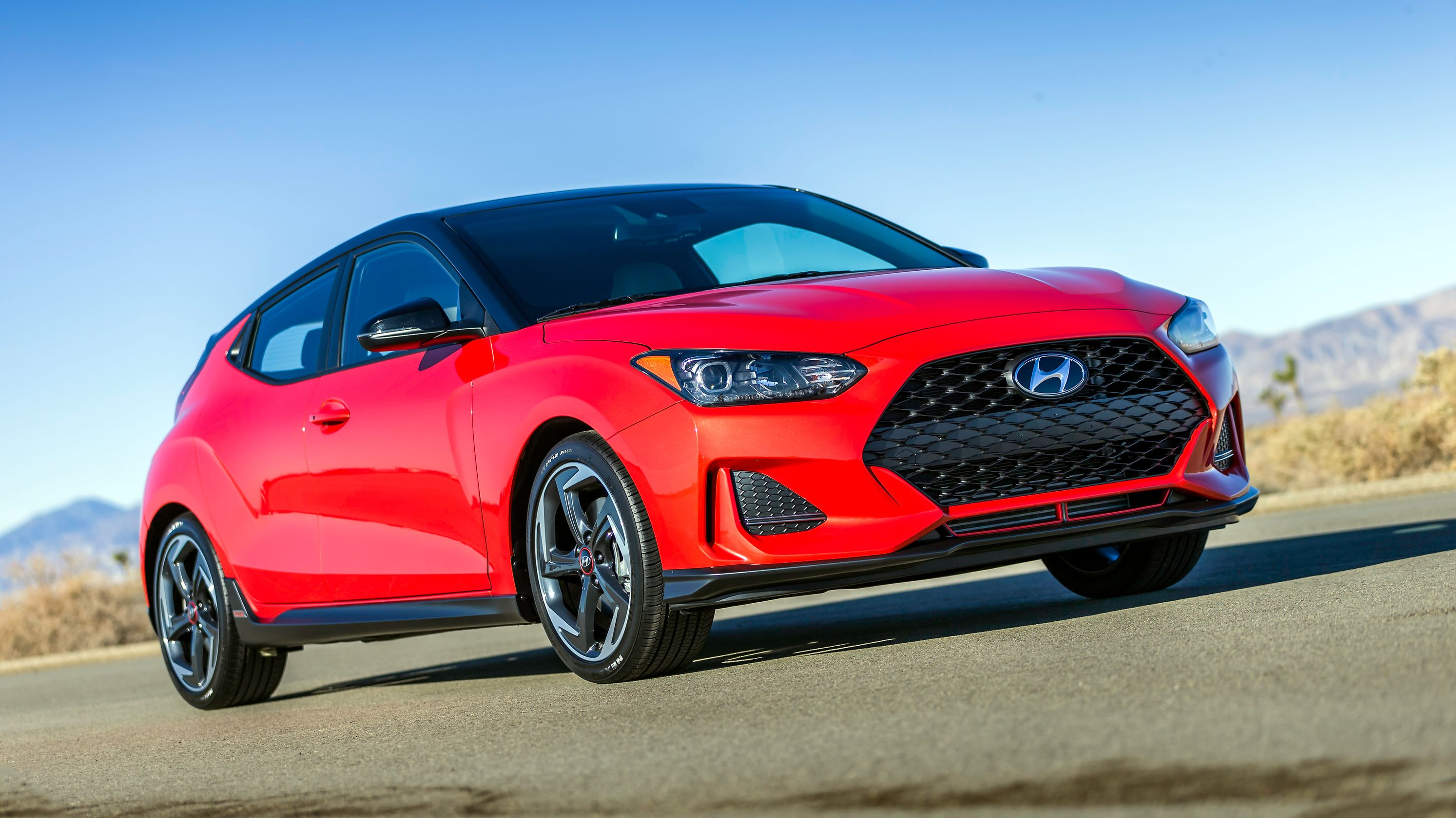44 The 2019 Hyundai Veloster Turbo Photos