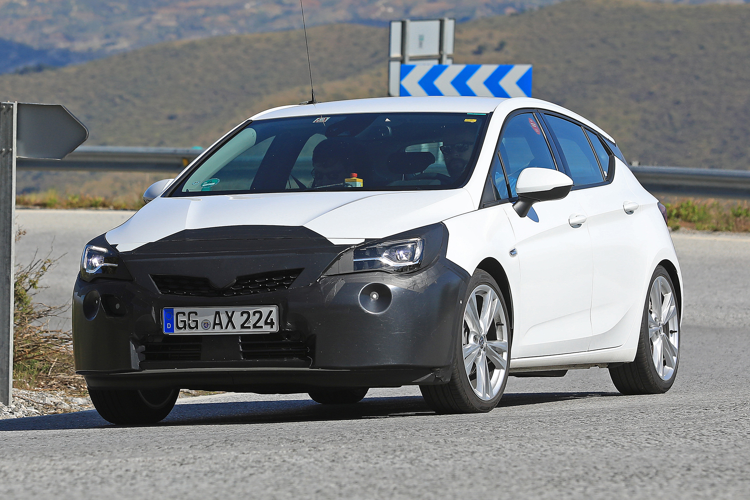 45 New 2020 Opel Astra Spesification
