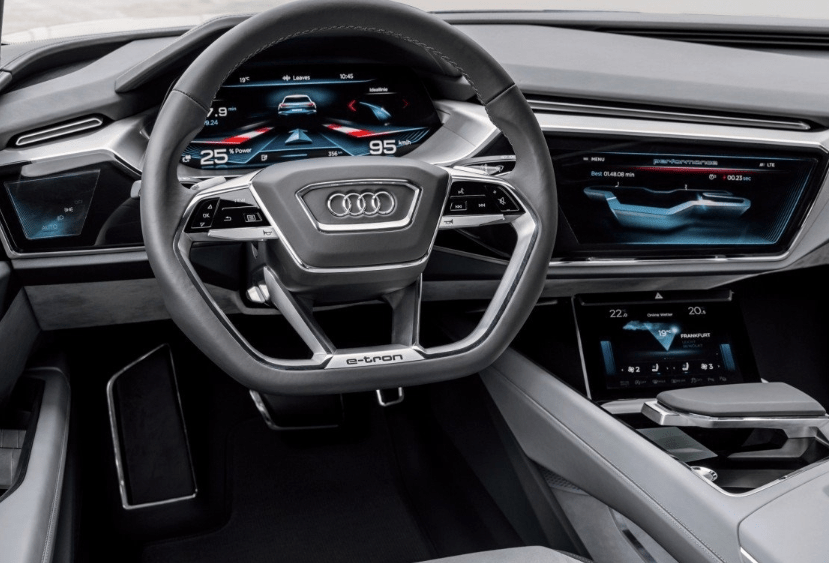 46 A 2020 Audi Q8 Spesification