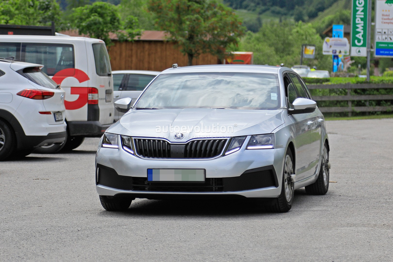 46 A 2020 The Spy Shots Skoda Superb Concept