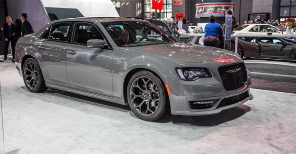 48 A 2019 Chrysler 300 Srt8 Spy Shoot