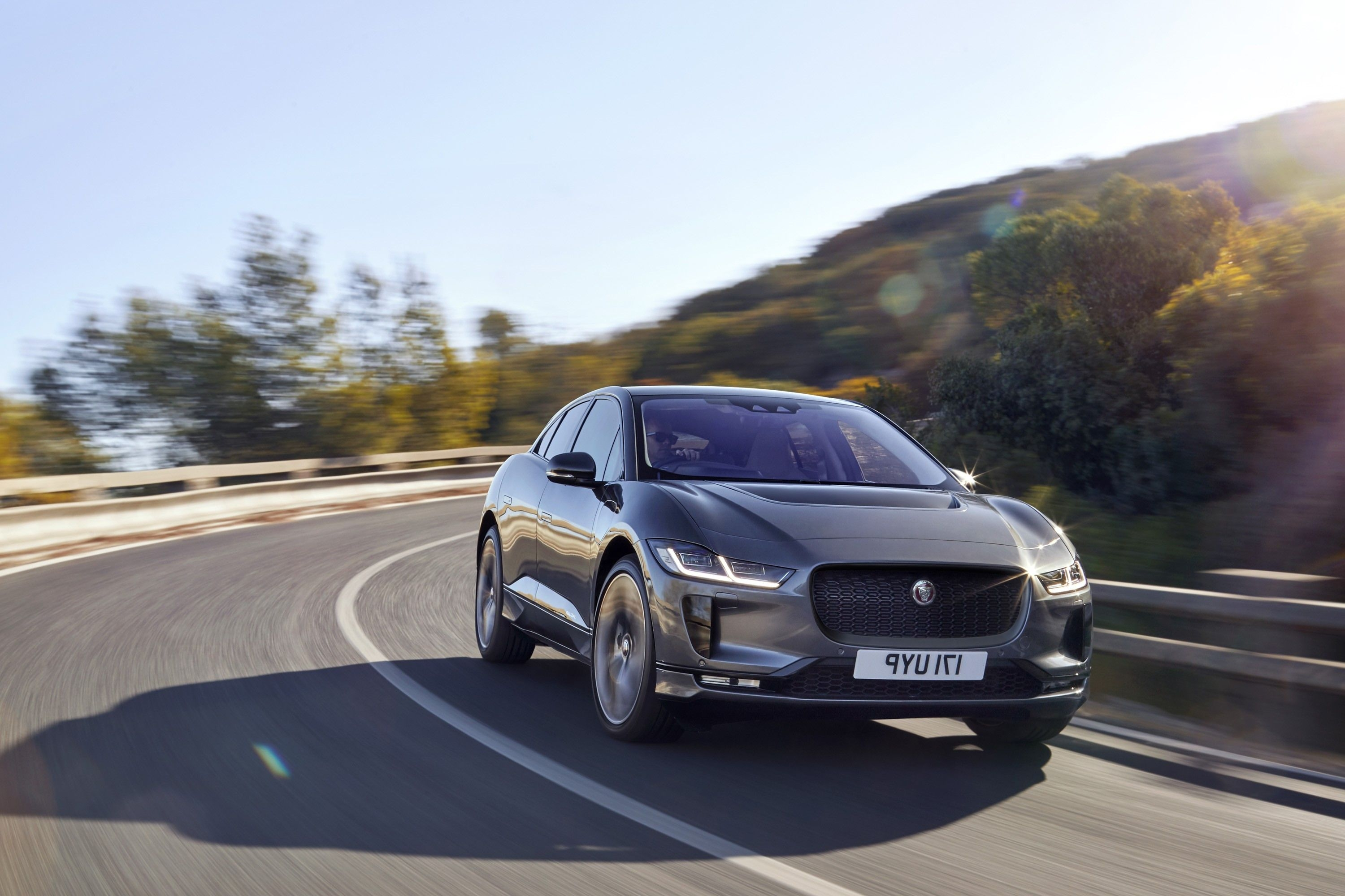 48 The Best 2019 Jaguar Xq Crossover Spy Shoot