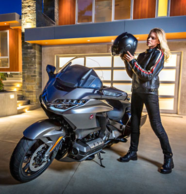 50 A 2019 Honda Gold Wing Configurations