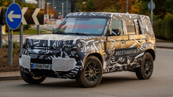 50 The 2020 Land Rover LR4 Concept