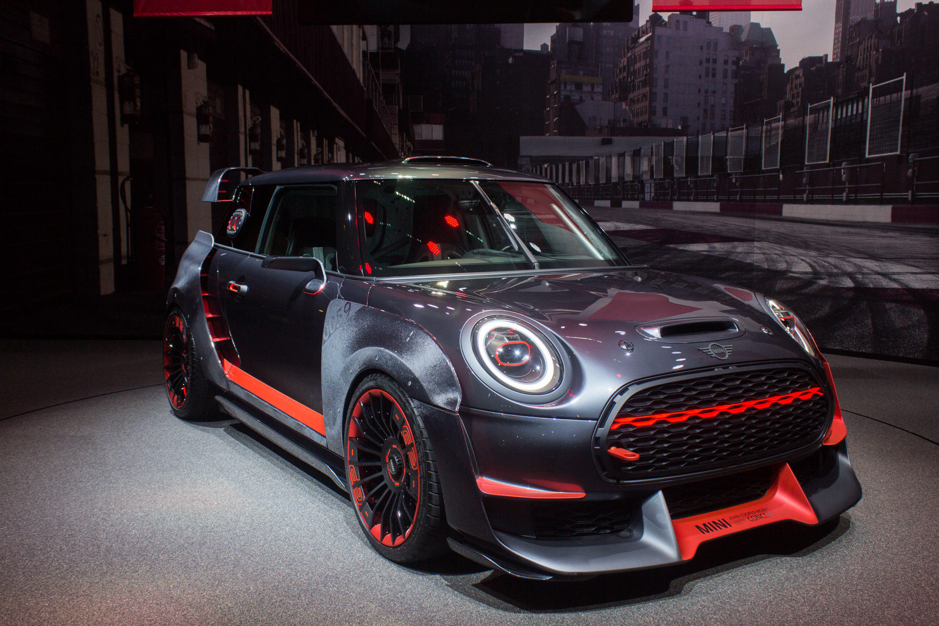 52 A 2020 Mini Countryman Pictures