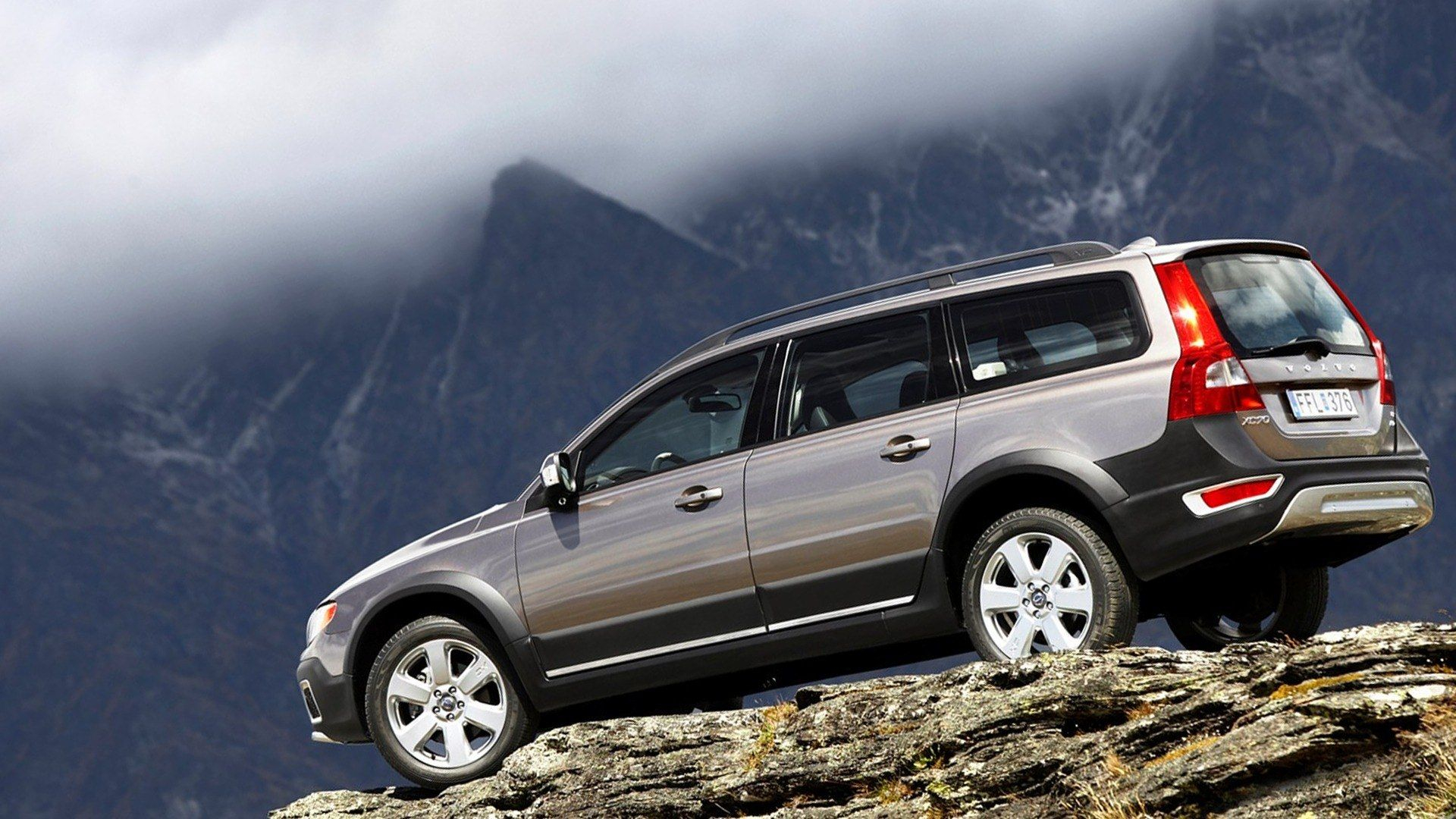 52 All New 2020 All Volvo Xc70 Picture