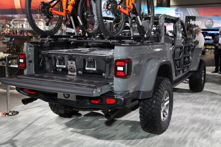Complete car info for 52 All New 2020 Jeep Gladiator Style ...