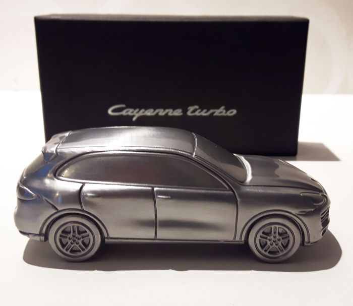 54 The Porsche Cayenne Model Research New