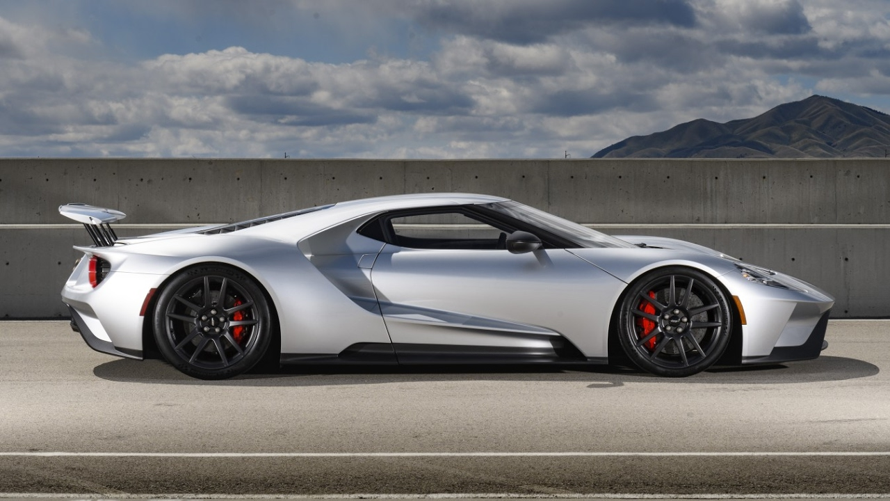 56 The 2020 Ford GT Pricing
