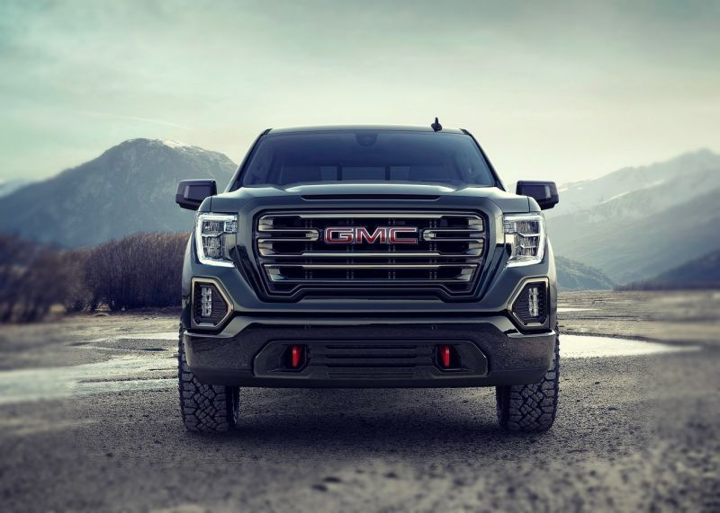 59 A 2020 GMC Sierra 1500 Diesel Photos