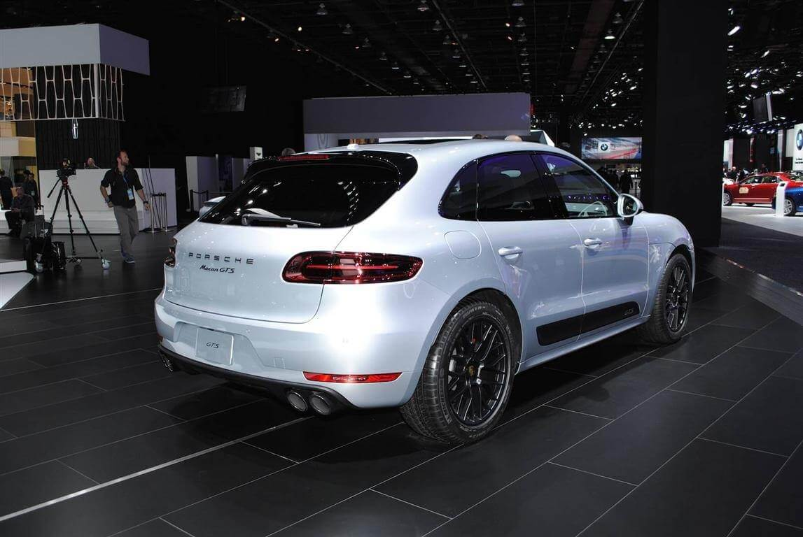 60 A 2020 Porsche Macan Turbo Prices