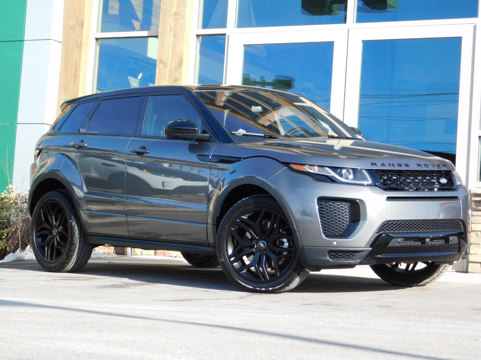 62 The 2019 Range Rover Evoque Xl First Drive