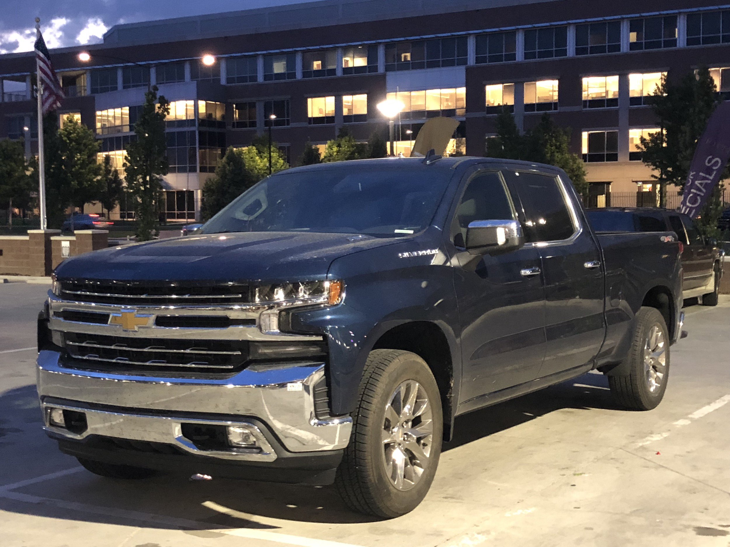 64 A 2019 Chevy Duramax Pictures