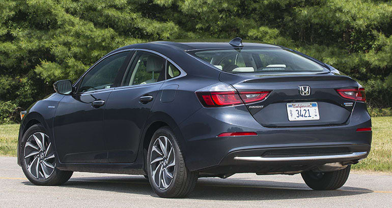 64 A 2019 Honda Insight Ratings