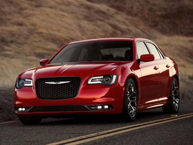 64 A 2020 Chrysler 300 Overview