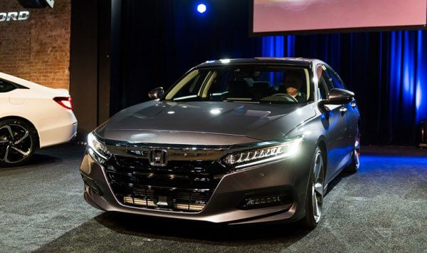 65 A 2020 Honda Accord Sedan Images
