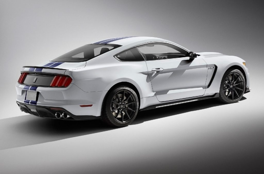 66 A 2020 Ford GT350 Price and Release date