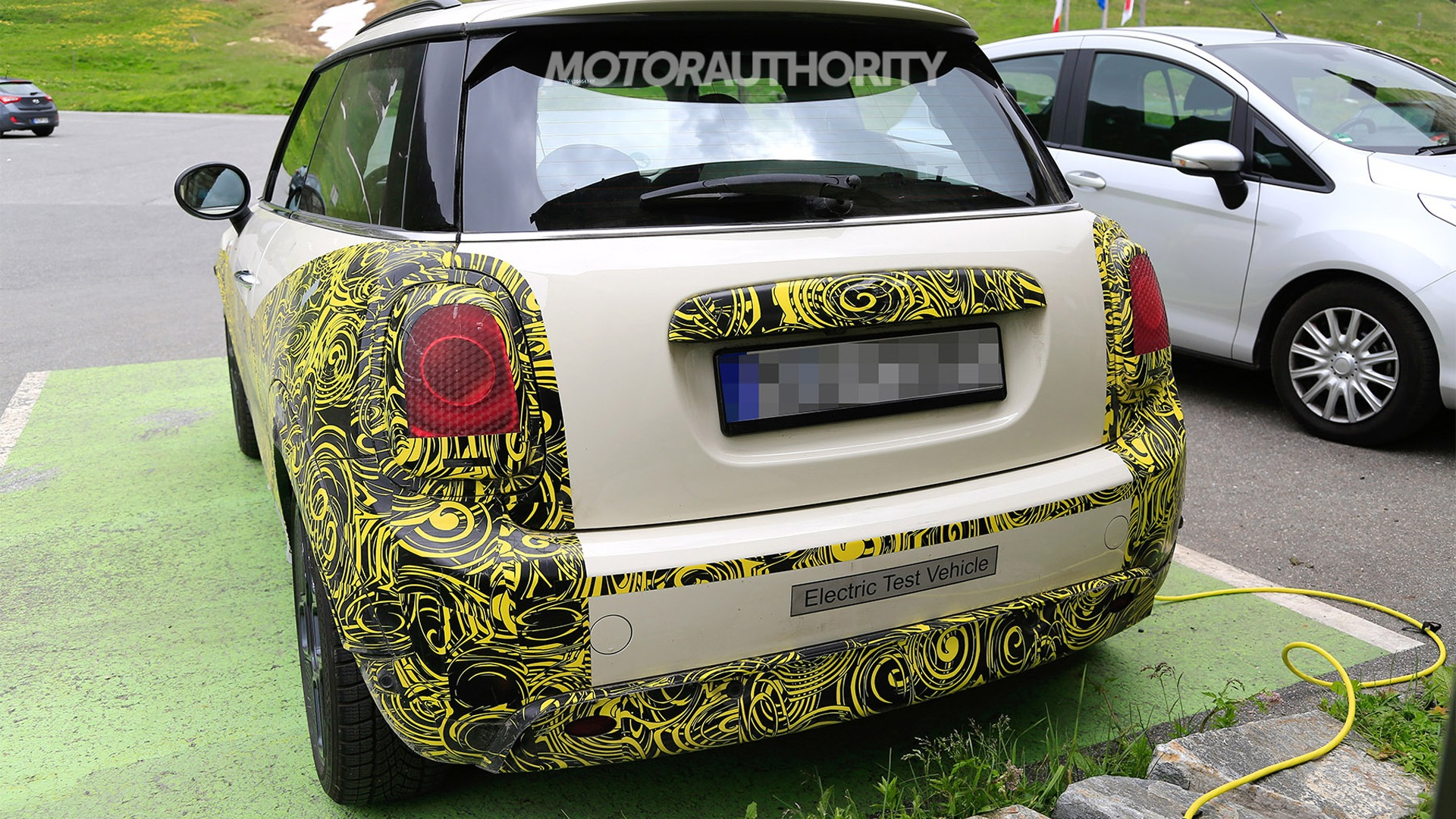 67 A 2020 Spy Shots Mini Countryman Price and Release date
