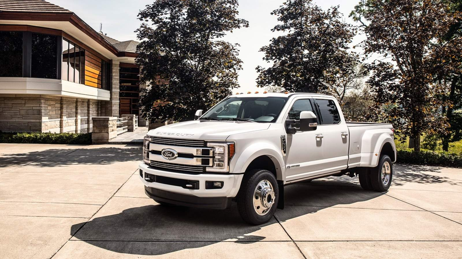 69 New 2019 Ford F450 Super Duty Interior