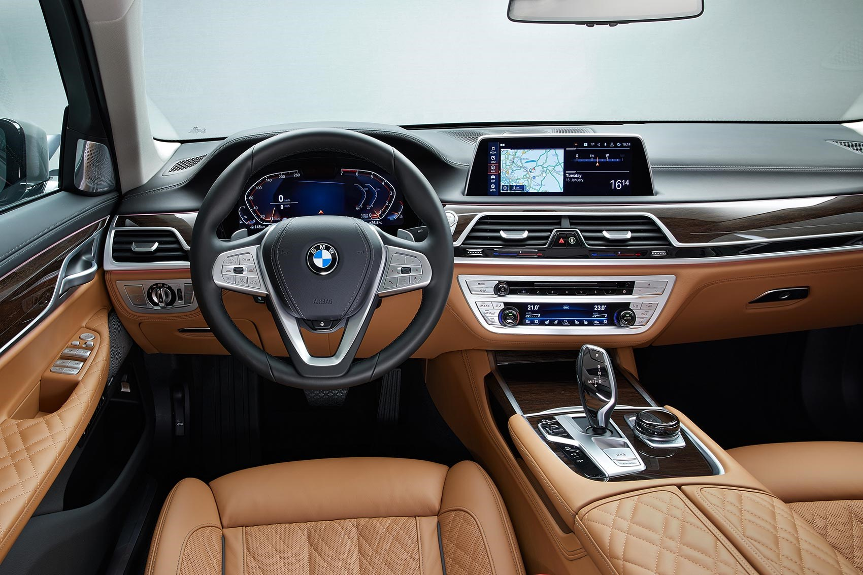 70 A 2019 BMW 750Li Exterior and Interior