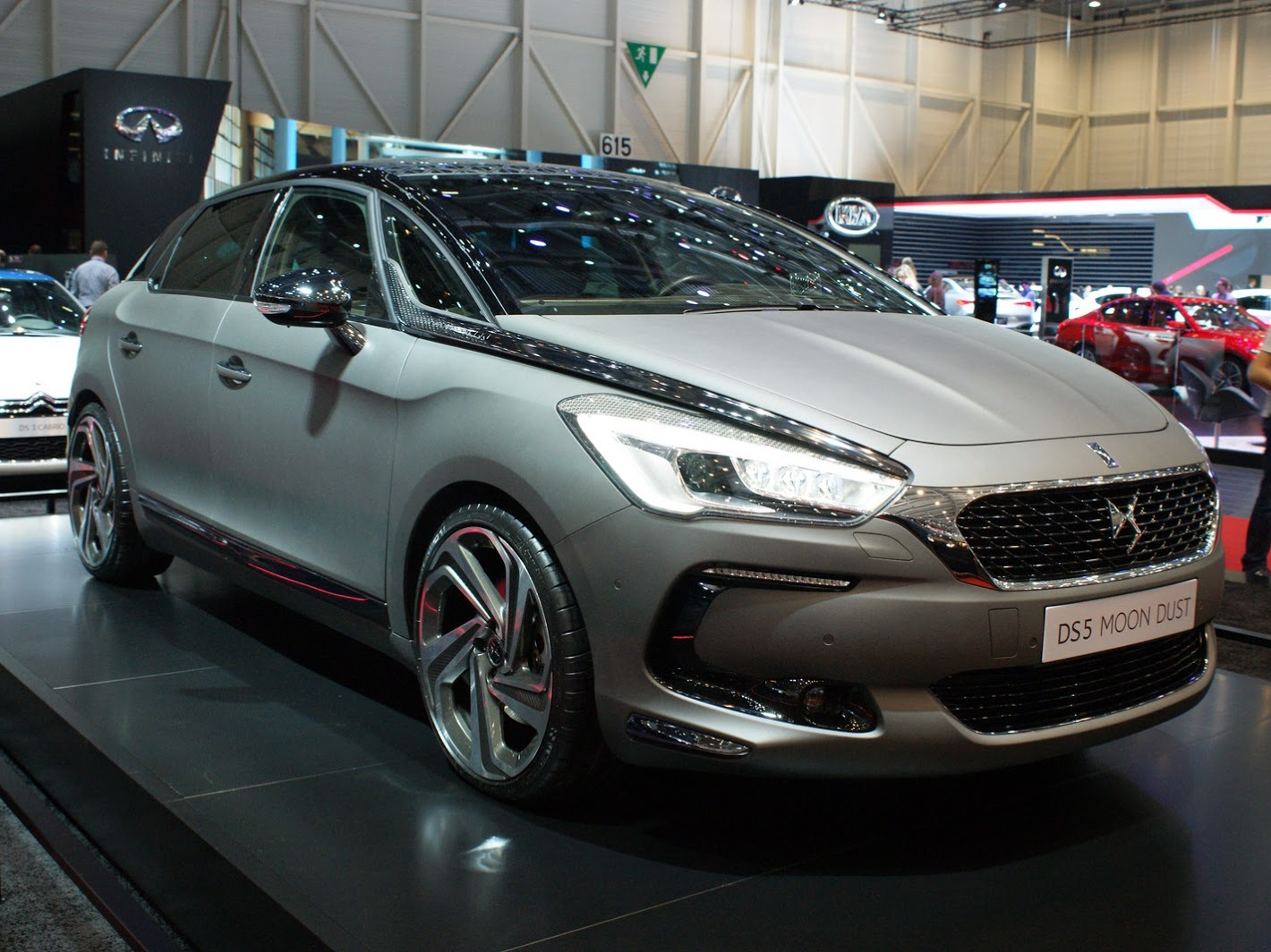 72 A 2020 Citroen DS5 Concept and Review