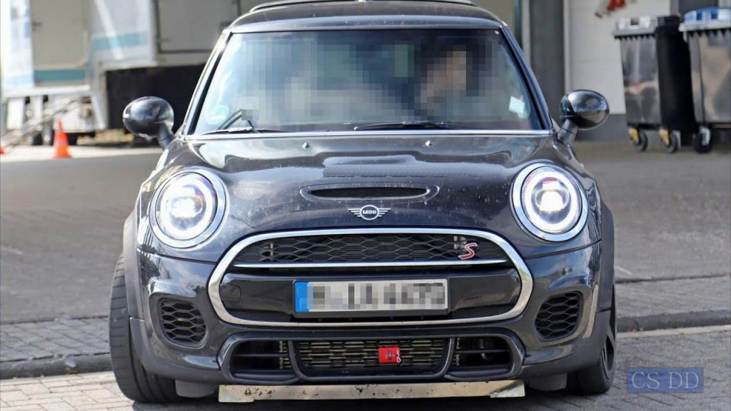 72 The 2020 Spy Shots Mini Countryman Picture