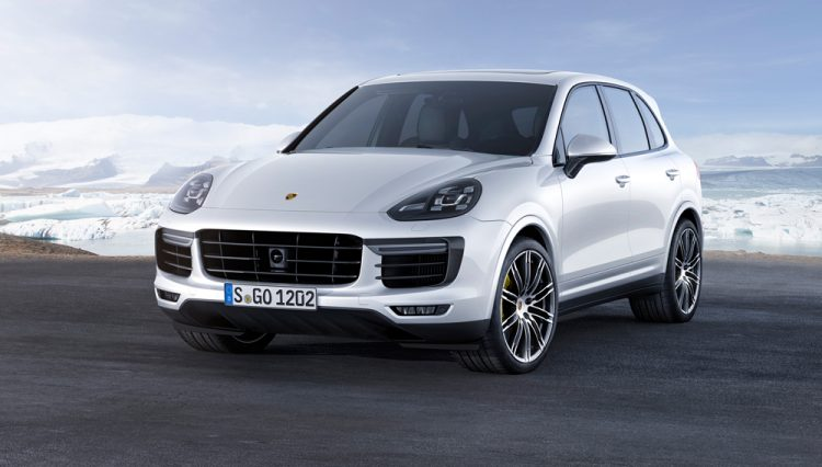 73 A Porsche Cayenne Model Exterior and Interior