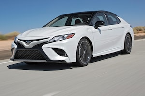 73 The 2019 Toyota Camry Se Hybrid First Drive