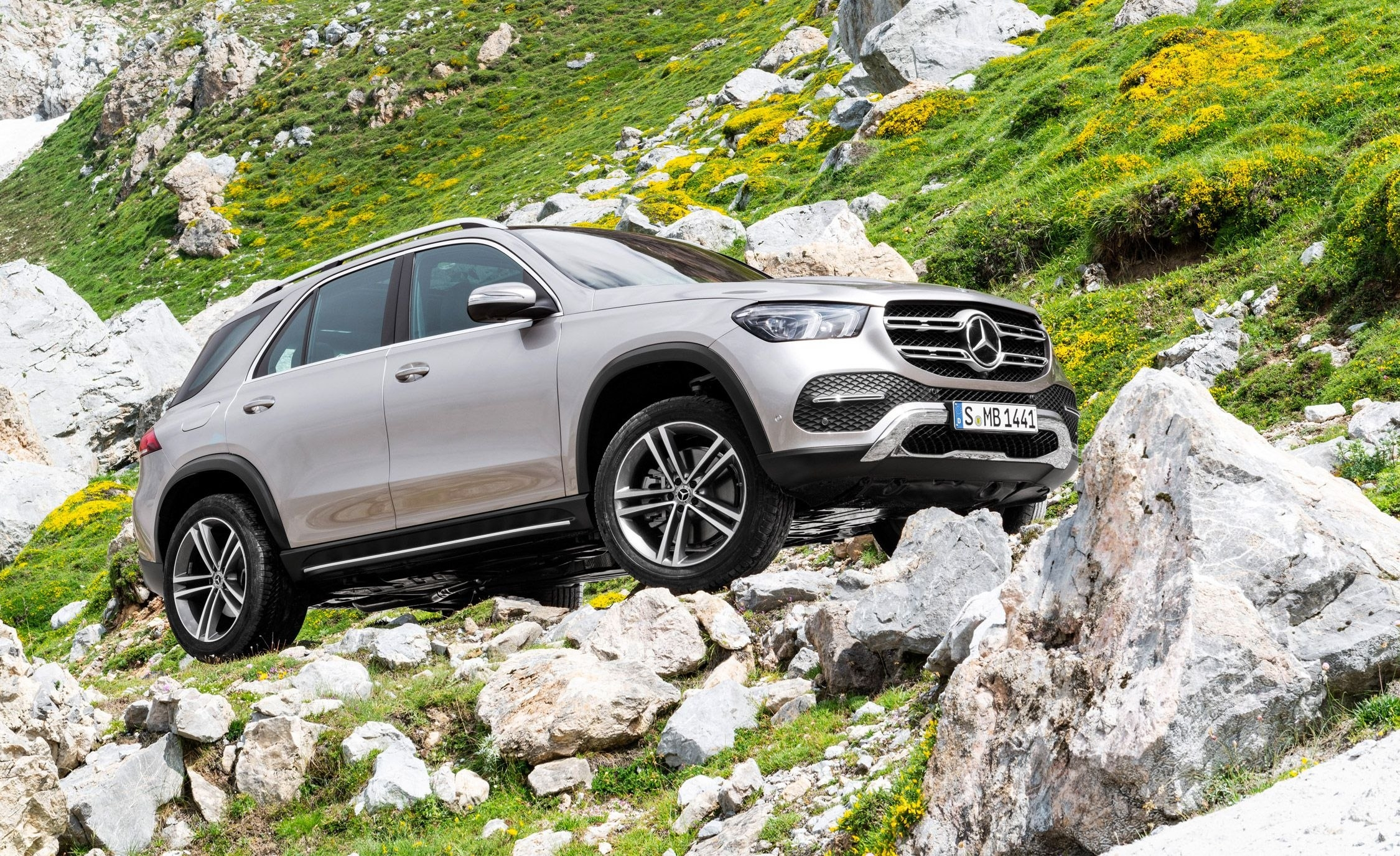 73 The 2020 Mercedes ML Class 400 Review