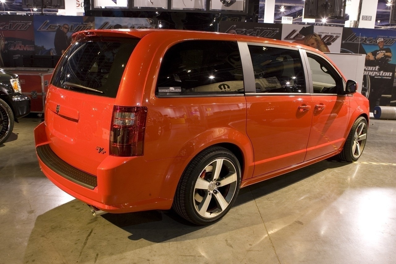 75 New 2020 Dodge Grand Caravan Spy Shoot