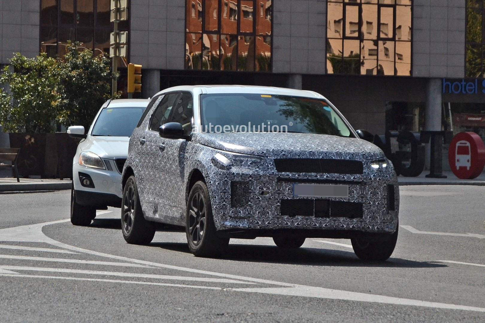 77 New 2020 Land Rover Discovery Specs